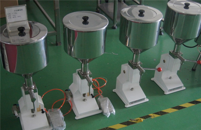 pneumatic Whipping Cream hand lotion liquid Filler equipment manual Filling Machines 5-70ml with pedal switch