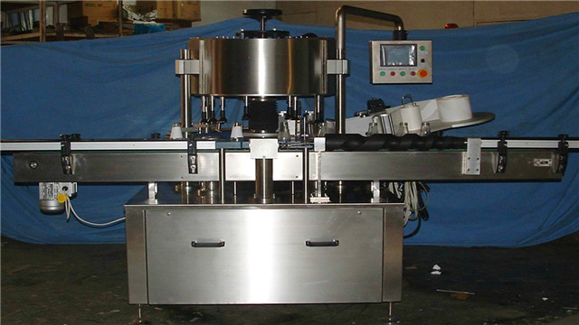 customized rotary labeling machine for conical bottles point