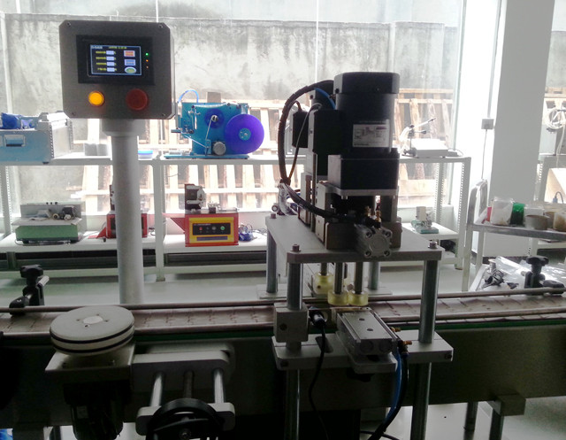 inline screw capping machine for cream jars shampoo bottles manual feeding caps screw capper equipment linear straight